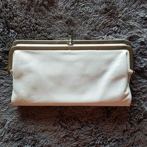 VESTAL WOMEN'S WHITE LONG PURSE WALLET BAG